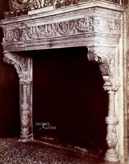 naya_carlo_1816-1882_-_n__2313_-_venezia_-_palazzo_ducale_-_museo_arch__sala_iv_-_camino_di_lombardo-copy