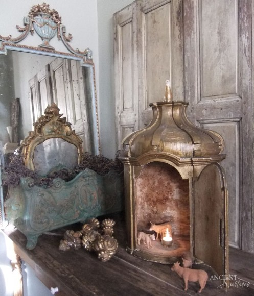 Gustavian Comode Tone on Tone Mirroir Antiques copy