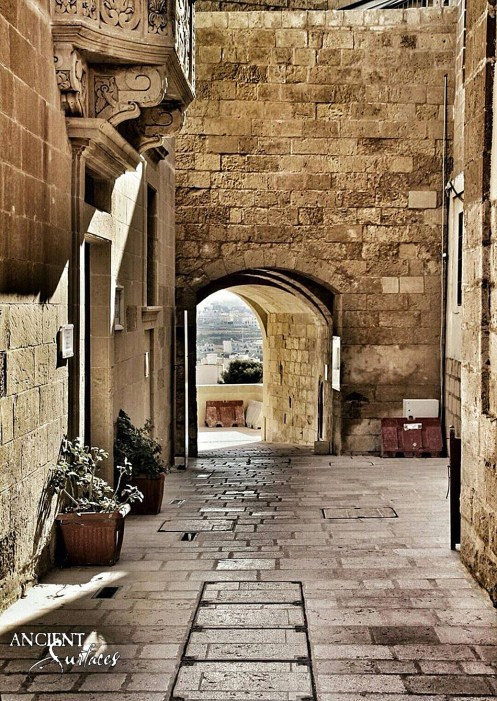 limestone flooring antique provence town provence