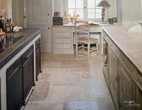 farmhose-kitchen-style-limestone-flooring-marble-kitchen-island