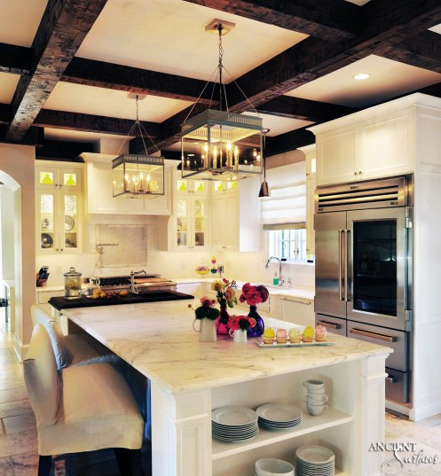 Kitchen-marble-island-lighting-farmhouse