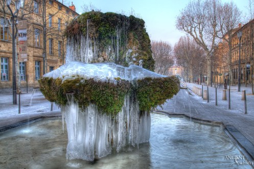 Provence-centre-snow-ice-beautiful-architecture