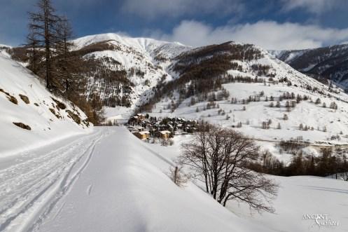 Winter-provence-snow-france-limestone