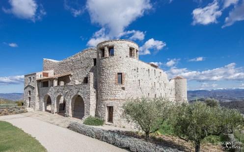 limestone-cladding-venere-italian-villa