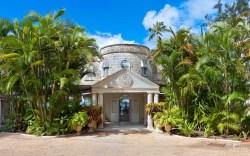 beautiful-villa-outdoor-limestone-wall-cladding