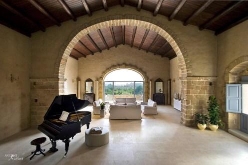 farmhouse-living-room-open-space-limestone-flooring-limestone-wall-cladding