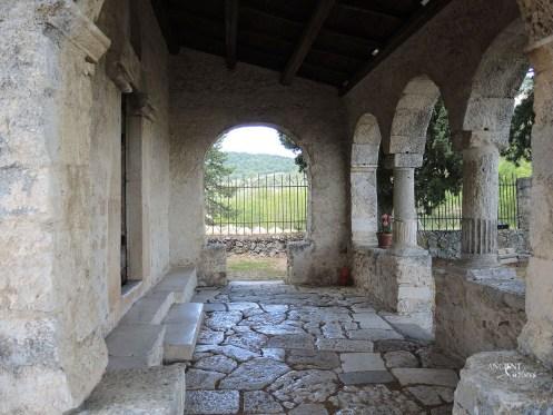 outdoor-nature-limestone-wall-cladding-limestone-flooring-floors
