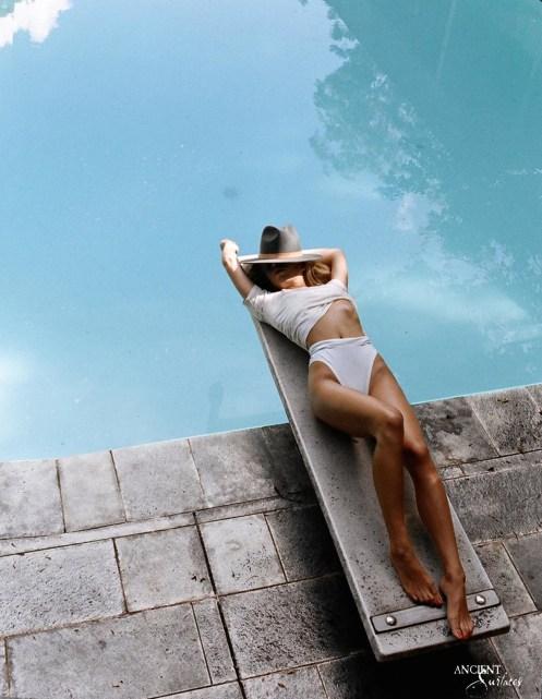 limestone-floors-stone-pool-coping