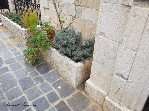 french-farmhouse-ancient-surfaces-outdoor-stone-planter-limestone-antique