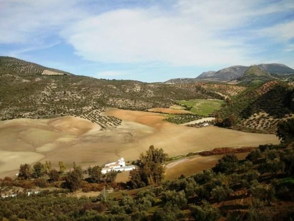 Cosa vedere a Olvera - Uno dei paesaggi riscontrabili sulla Via Verde de la Sierra.