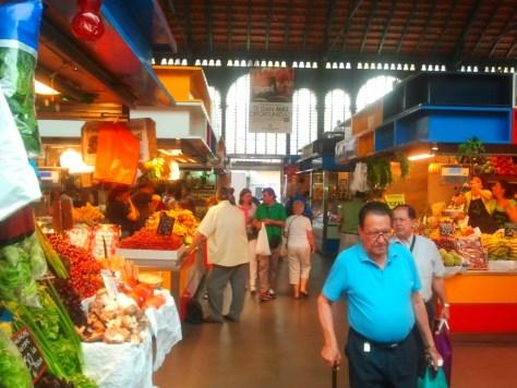 Interno del Mercato della Atarazanas.
