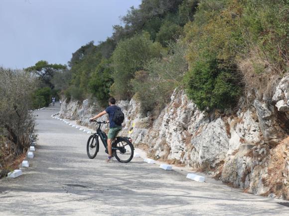 cosa_vedere_gibilterra_bicicletta