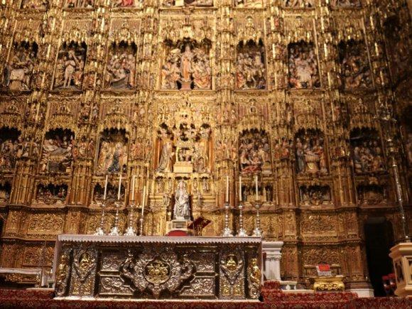 cattedrale_siviglia_giralda_altare