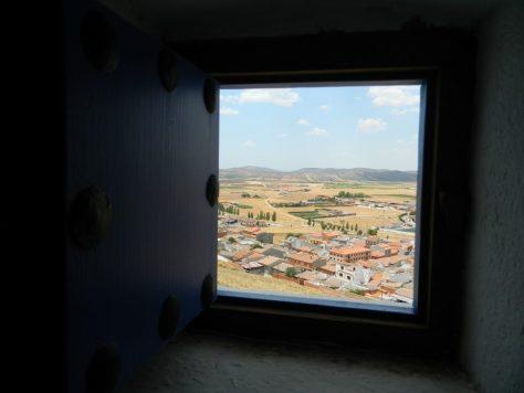 Cosa_vedere_consuegra_mulini_chisciotte_finestra