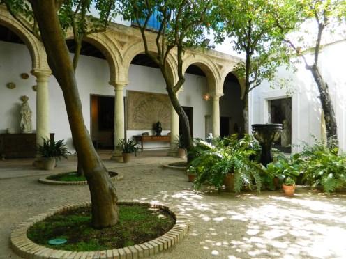Palacioa_Viana_Cordoba_patio_capilla