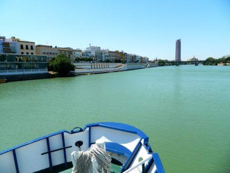 Giro_Battello_Siviglia_Fiume_Guadalquivir_Andalusia_calle_betis