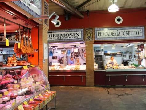 Sivigiglia_pioggia_mercato