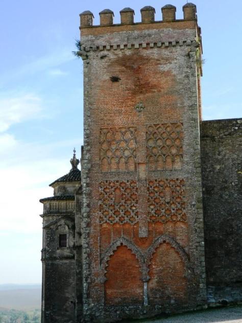Cosa_vedere_aracena_torre