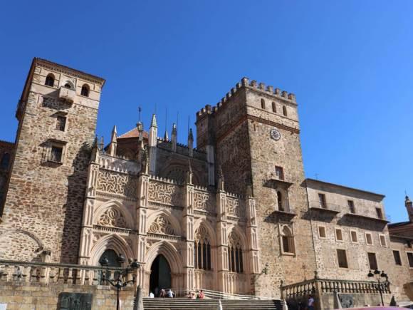 guadalupe_caceres_monastero