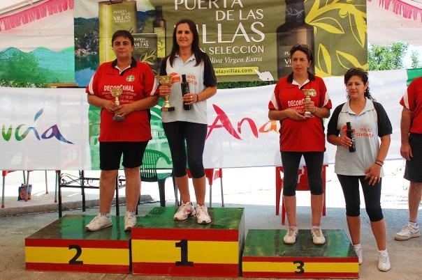 podium-femenino-Copa-FEB-Bolo-Andaluz-montaña-mogon-2013-red