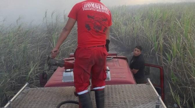 Incendio afecta más de 100 hectáreas de pastizal y caña de azúcar en la comunidad de Arrozales