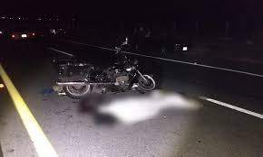 Una mujer muere en un accidente, la moto en la que iba choco con una vaca
