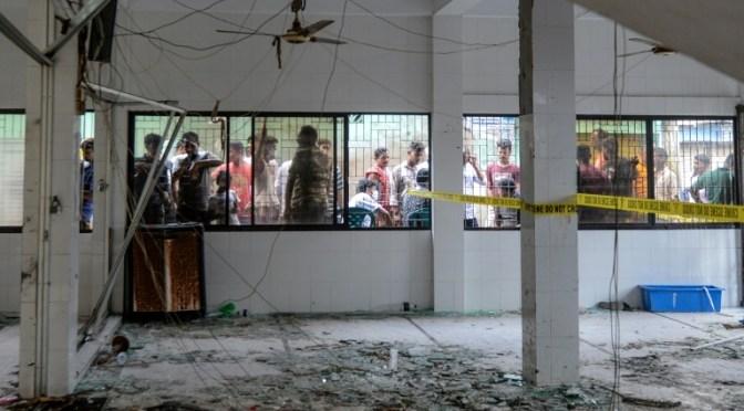 Balance de muertos en explosión de gas en mezquita en Bangladés sube a 24