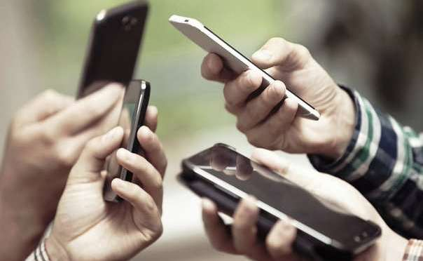 Entel auditará adjudicación de fibra óptica y anuncia una reducción de hasta un 80% el costo del gigabyte