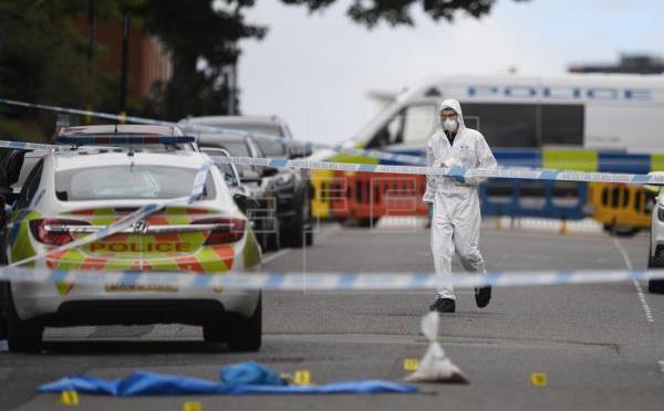 Un muerto y siete heridos en los apuñalamientos en Birmingham