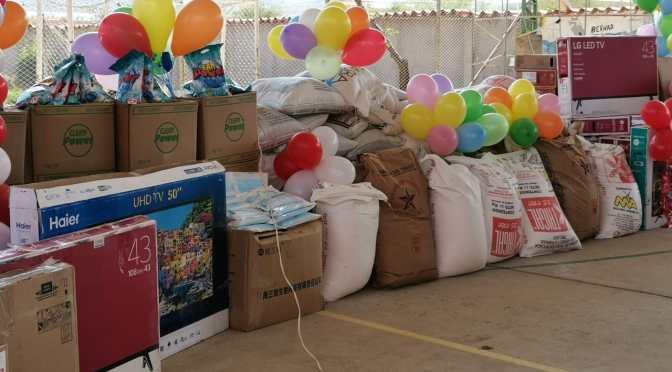 Gobierno Nacional entrega televisores y alimentos para hogares en Tarija