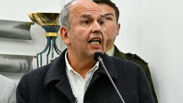 Abogados de Tarija piden a la Fiscalía la aprehensión de Arturo Murillo