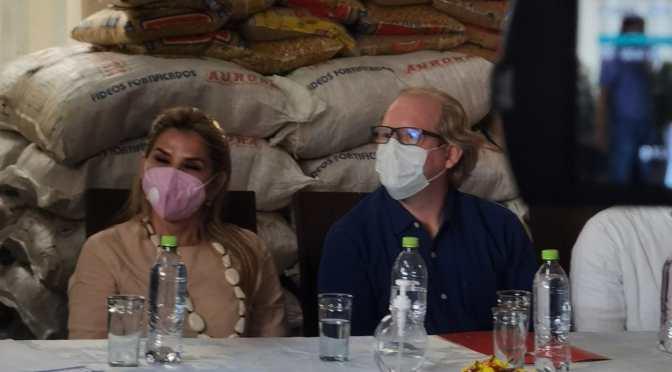 Oliva destaca apoyo del Gobierno por entrega de alimentos para damnificados de la sequia e incendios