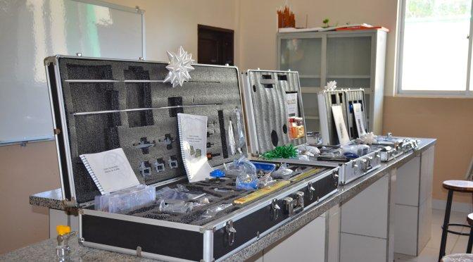 Alcalde de Villa Montes entregó equipamiento para laboratorios