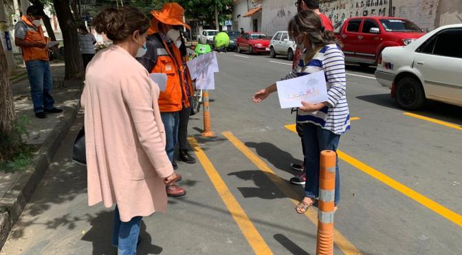 Implementan proyecto piloto en avenida Belgrano para parqueo de movilidades y ciclovías