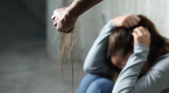Un sujeto es aprehendido por golpear a su suegra y cuñada