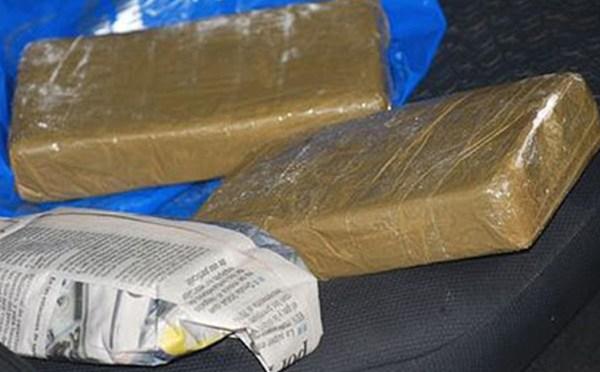 FELCN secuestra más de 25 kilos de cocaína que estaba escondida en una llanta