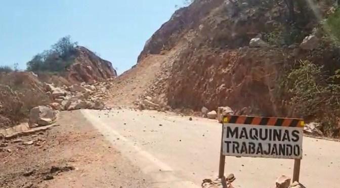 El ministro de Obras Públicas alista recursos para limpiar carreteras