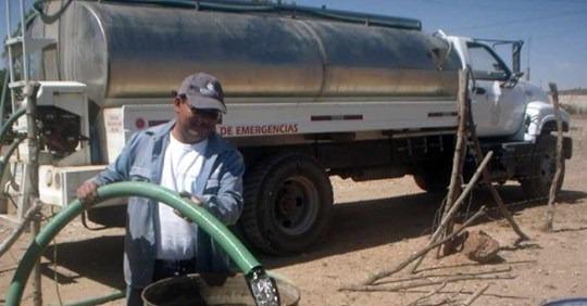 Abandono de la alcaldía: Entre 15 y 20 barrios de Tarija enfrentan la pandemia sin agua potable