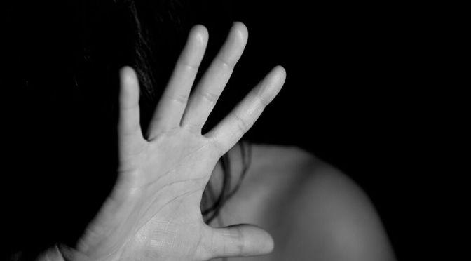 Una mujer fue agredida a golpes por un joven ebrio en el barrio Fátima