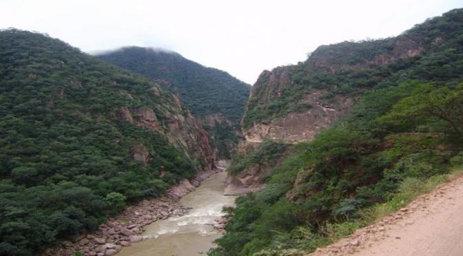 Instituciones buscan definir situación del tramo caminero Isiri-La Central