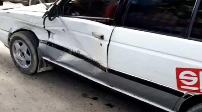 Por falta de semáforo, dos motorizados colisionan en la calle Ballivian y Domingo Paz