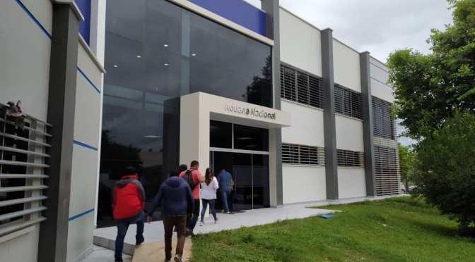 Caso Aduana: Justicia dicta arresto domiciliario para los 10 aprehendidos
