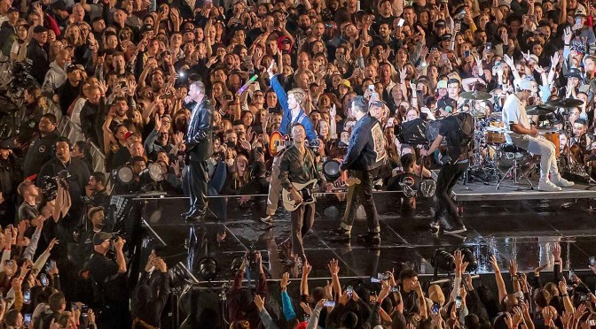 Nueva Zelanda, el paraíso de la música en vivo que reunió a 50 mil fans sin normas de bioseguridad