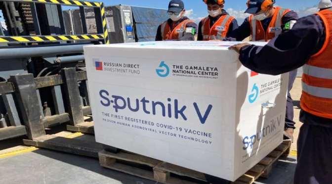 """Salud dice que """"en el peor de los casos"""" 200.000 personas tendrán que esperar la segunda dosis de Sputnik V"""