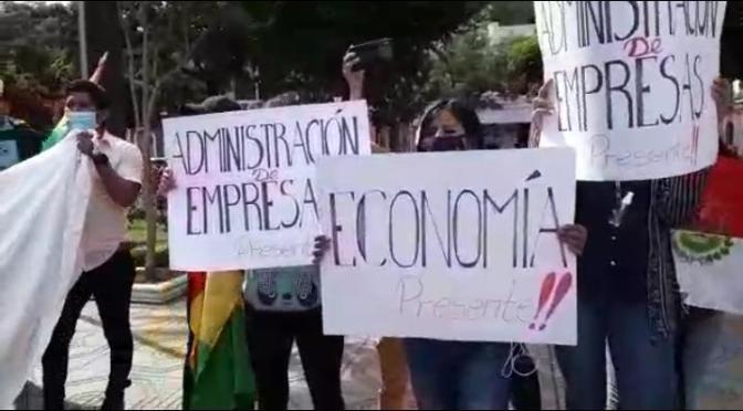 Universitarios piden más fuentes laborales y exigen «no tocar» Tariquía