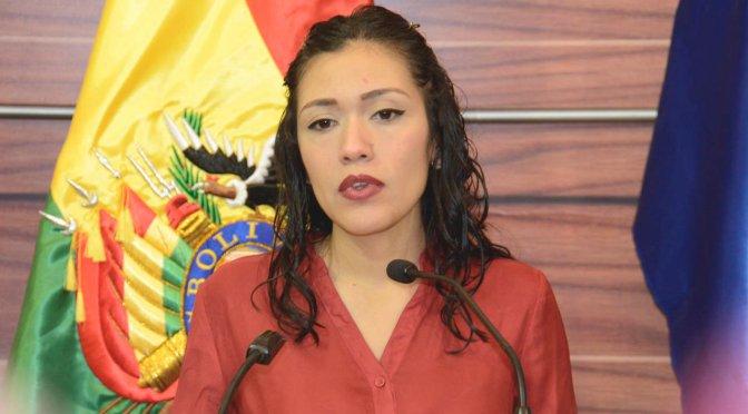 Diputado del MAS pide al Fiscal General reabrir caso tractores contra el padre de Adriana Salvatierra