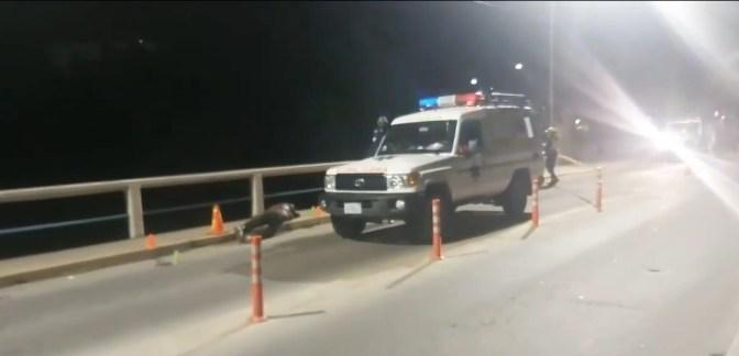Hombre es hallado muerto en el Puente San Martín