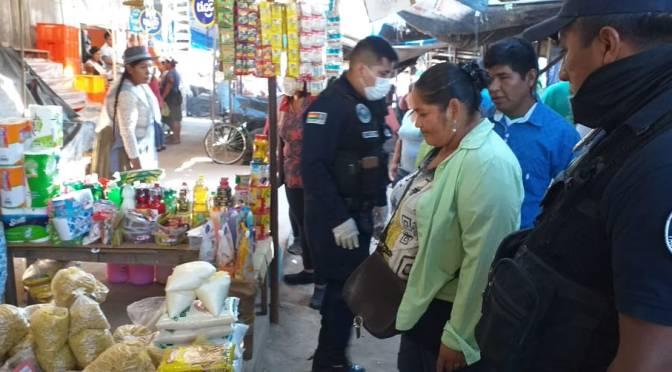 Comerciantes denuncian maltratos de guardias municipales; Alcaldía investiga
