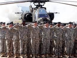La retirada caótica e improvisada de EE.UU. (y la OTAN) que puso a un país al borde de la catástrofe