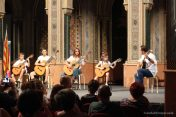 Grupo de Guitarristas en el salón Alfonso el Magnánimo
